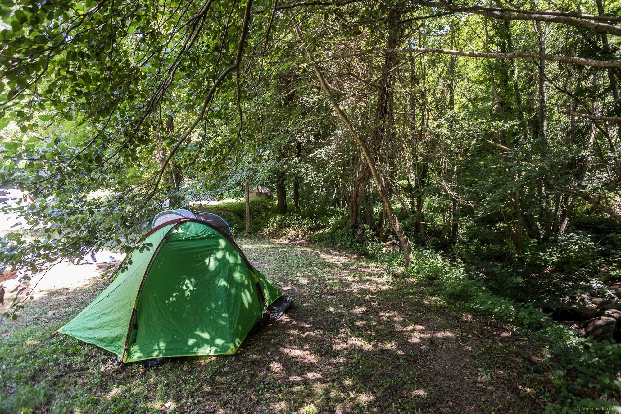 Acampar a la vora del riu Tordera